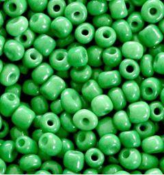 Rocailles Iers groen 6/0 4mm. per 10 gram.