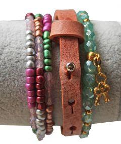 Armband leer zachte koraalkleur, 16-20cm.