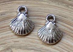 Bedel schelpje zilverkleur. Per stuk.