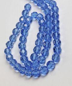 Glaskraal facet rond, lichtblauw, 12mm. Per stuk.