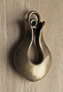 Hanger bronskleurig metaal 19x30mm