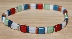 Armband Tila rood, groen, wit, blauw. koper