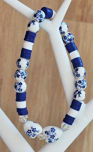 Armband Katsuki kralen met delftsblauwe kralen en 2 hartjes