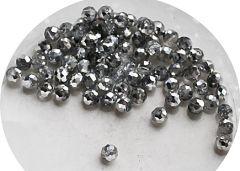 Zakje facetgeslepen zilver kleur glaskralen 4mm, 95-100 st.