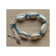 Armbandje Kauri schelpjes, 17cm