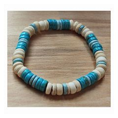 Armband turkooiskleur en witte cocos kralen, 20cm