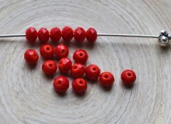 Zakje glaskraal facetgeslepen rondel rood 4x3mm. 100 stuks