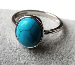 Ring met turkoois blauw steentje, maat 18
