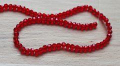 Snoer glaskraal facetgeslepen rood 4mm. Per snoer