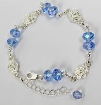 Armband  swarovski style kristal  korenbloemblauw met roosjes
