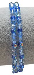 Armband 4mm licht blauwe bicone kralen met AB coating met donkerblauwe kralen