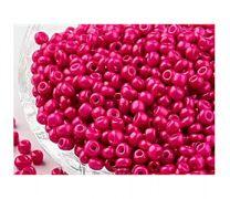 Rocailles Cerise Pink 8/0. Per 10 gram.
