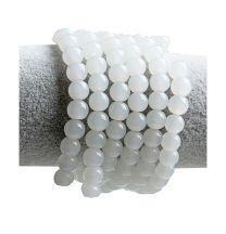 Glaskraal rond opaal wit, 6mm. Per 50 stuks.