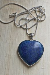 Ketting met lapis lazuli hartje 37x35x8mm