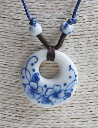 Halsketting hanger Donut delftsblauwe bloem