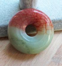 Kraal - Siersteen of Presse-Papier  Jade rood-groene donut
