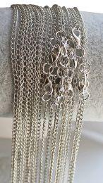 Ketting zilverkleurig met fijne schakeltjes, 60cm.