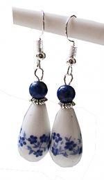 Oorbellen druppel bloem met lapis lazuli