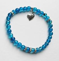 Armband 6mm blauwe agaatkralen met strass kraaltjes en bedel