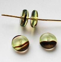 Kraal rond zachtbruin-lichtgroen , 8mm diameter. Per 4 stuks.