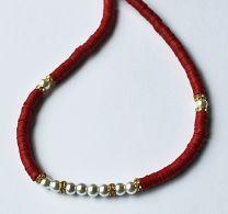 Ketting Katsuki rood met glaspareltjes en strass kraaltjes