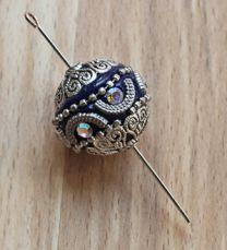 Kraal India donkerblauw met zilverkleur, 20mm.