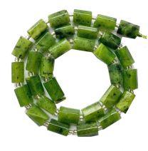 Kraal Canadese Jade groen 6.5x10mm. Per stuk.