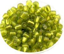 Rocailles licht groen 6/0. Per 10 gram.