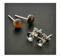 Set oorstekers rhodium met tray voor 6mm cabochon
