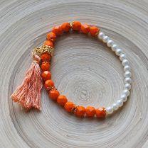 Armband oranje kralen 6mm met parelkraaltjes