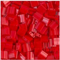 Miyuki Tila Kraaltjes, opaque donker rood. Per 5 gram