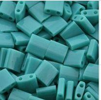 Miyuki Tila kraaltjes, opaque mat turkoois groen, per 5 gram.